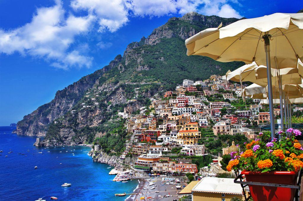 La-Costiera-Amalfitana-è-incanto